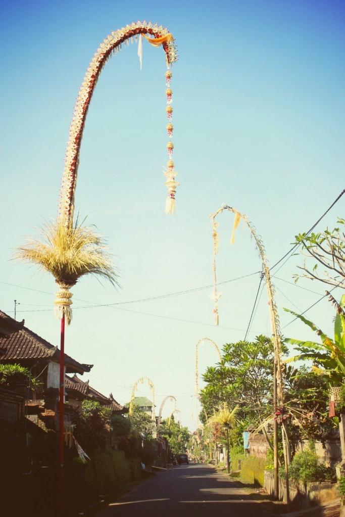 Galungan32_niza/03/2013
